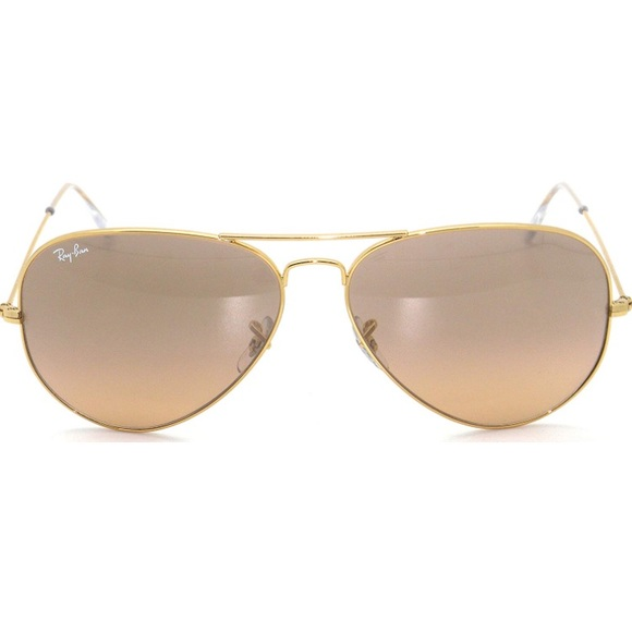 79be6499ce Ray-Ban Aviator Gold Frame Pink Silver Lens Large.  M 5b46862f6a0bb7e46e945cd4